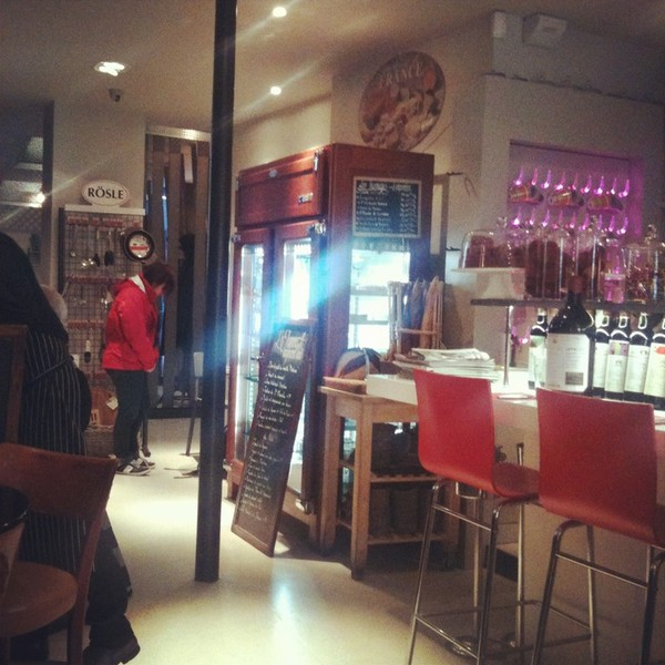 Best Places In Paris And France Deli And Resto Jeanne A