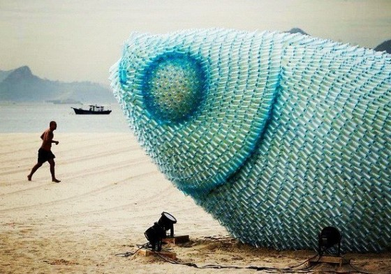 Plastic bottle sculpture - Surfrider Foundation Sud Landes