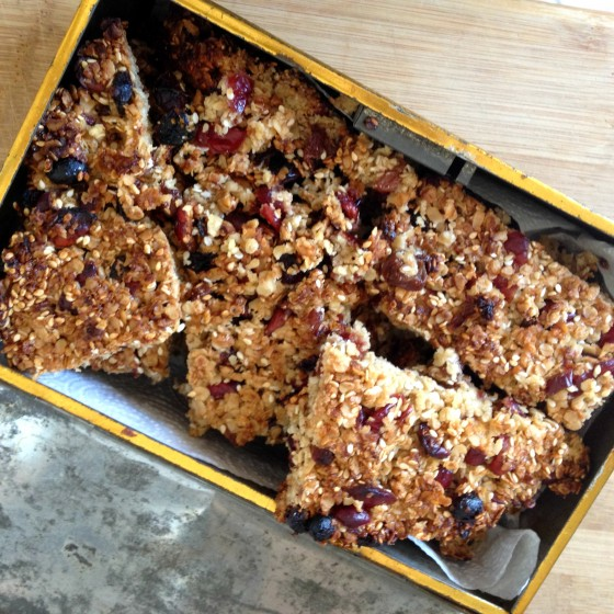 Cranberry and Sesame Flapjacks - french version